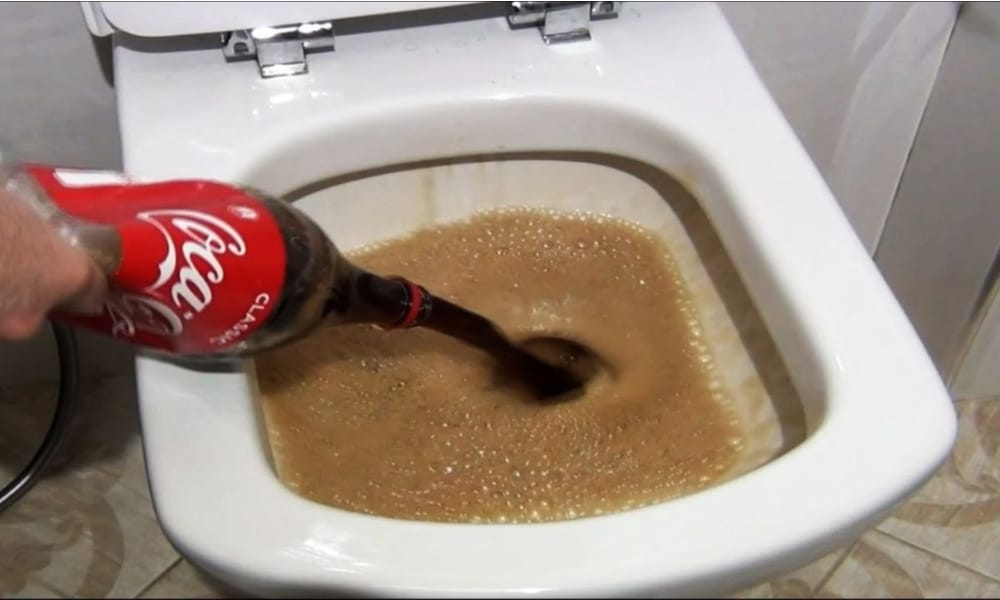 Toilet Cleaning with Cola